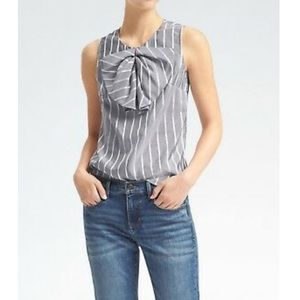 BANANA REPUBLIC STRIPE PLEATED BOW BLOUSE size 4